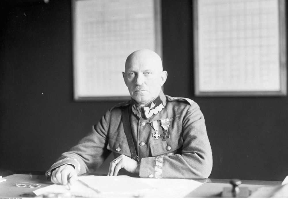Stanisław Szeptycki as the Minister of Defense of the Second Polish Republic (1920s). Source: Narodowe Archiwum Cyfrowe