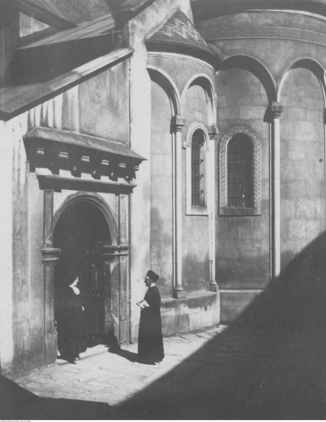 Ormiańskokatolicka katedra. Źródło: Narodowe Archiwum Cyfrowe